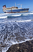Abandoned, Abandonment, Accident, Accidents, Catastrophe, Catastrophes, Color, Colour, Disaster, Disasters, Exterior, Outdoor, Outdoors, Outside, Sea, Ship, Ships, Shipwreck, Shipwrecks, Stranded, Transport, Transportation, Transports, Vertical, Vessel,