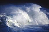 Aussen, Bewegung, Brechen, Detail, Details, Draussen, Farbe, Geschwindigkeit, Horizontal, Kraft, Landschaft, Landschaften, Macht, Meer, Natur, Naturerscheinung, Schaum, Schnell, Schnelligkeit, Seelandschaft, Seelandschaften, Wasser, Welle, Wellen, CatViv