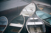 Außen, Boot, Boote, Farbe, Freizeit, Holz, Hölzern, Konzept, Konzepte, Landesteg, Landestege, Leer, Nebel, Niemand, See, Seen, Tageszeit, Verkehrsmittel, Viele, Wetter, E43-438926, agefotostock