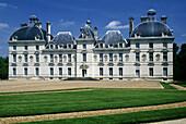 Cherverny Castle. Val-de-Loire, France