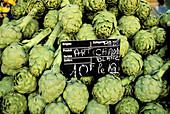 Artichokes. Market. Aix-en-Provence. Bouches du Rhone. Provence. France