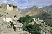 Baltit Fort and village with Ismaili population, Hunza Valley. Northern Areas (aka Gilgit-Baltistan), Pakistan
