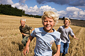 Agriculture, Amusement, Blond, Blonds, Boy, Boys, Brother, Brothers, Caucasian, Caucasians, Child, Childhood, Children, Color, Colour, Companion, Companions, Contemporary, Country, Countryside, Cultivation, Daytime, Dried, Dry, Exterior, Exuberance, Exub