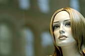 Caucasian, Caucasians, Close up, Close-up, Closeup, Color, Colour, Concept, Concepts, Dummies, Dummy, Face, Faces, Feminine, Head, Heads, Headshot, Headshots, Horizontal, Indoor, Indoors, Inside, Interior, Lifeless, Lifelessness, Mannequin, Mannequins, P