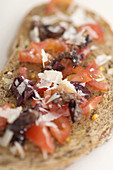 Aliment, Aliments, Blurred, Bread, Bread slice, Bread Slices, Cheese, Cheeses, Close up, Close-up, Closeup, Color, Colour, Concept, Concepts, Dish, Dishes, Food, Foodstuff, Gastronomy, Healthy, Healthy food, Indoor, Indoors, Interior, Nourishment, Plate,