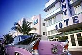 Auto : 1950 s cadillac, Street scene, Ocean drive, Miami beach, Florida, USA.