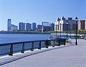 Waterfront promenade, Jersey City, New Jersey, USA.