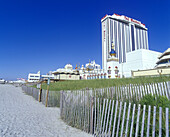 Taj mahal casino hotel, Beach, Atlantic city, New Jersey, USA.