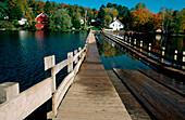 Floating bridge near Brookfield in Vermont. New England. USA