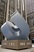 Time and Life Building, sculpture, art. Avenue of the Americas. Manhattan. New York. USA.