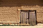 Adobe wall. Boadilla del Campo. Palencia province. Spain