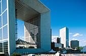 Grande Arche (by Otto von Spreckelsen) La Défense. Paris. France