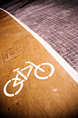 Bend, Bends, Bicycle, Bicycle lane, Bicycles, Bike, Bikes, Biking, Cities, City, Color, Colour, Concept, Concepts, Curve, Curves, Cycle, Cycles, Daytime, Exterior, Ground, Grounds, Lane, Lanes, Monochromatic, Monochrome, Outdoor, Outdoors, Outside, Pavem