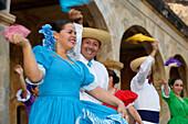 People dancing at the Castillo San Juan, San Juan, Puerto Rico, Carribean, America