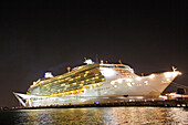 Illuminated cruise ship at San Juan harbour at night, San Juan, Puerto Rico, Carribean, America