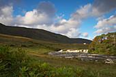 Außenaufnahme,  Aasleagh Falls am Killary Harbour, County Mayo, Irland, Europa