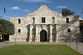 TEXAS San Antonio. Alamo mission church and shrine, site of Texas Independence battle, 1836, limestone walls