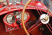 Aged, Antique, Auto, Automobile, Automobiles, Autos, Car, Cars, Classic, Classic car, Classic cars, Close up, Close-up, Closeup, Color, Colour, Concept, Concepts, Convertible, Convertibles, Dashboard, Dashboards, Daytime, Detail, Details, Dial, Dials, Dr