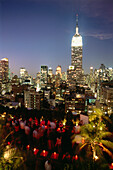 Roof Top Bar 230 5th with view to Empire State Building, 5th Avenue, Manhattan, New York, USA, Amerika