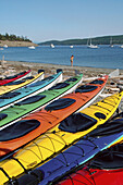 Amusement, Beach, Beaches, Canoe, Canoeing, Canoes, Coast, Coastal, Color, Colored, Colorful, Colors, Colour, Coloured, Colourful, Colours, Contemporary, Daytime, Empty, Exterior, Fun, Holiday, Holidays, Leisure, Lined up, Lined-up, Outdoor, Outdoors, Ou