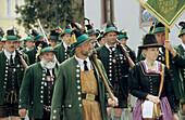 Bavarian mountain brigade, riflemen in traditional costume, Procession, Gebirgsschützen, Bavaria, Germany