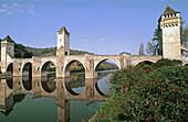 Valentré fortified bridge (XIVth century). Cahors. Quercy. Vallée du Lot. Midi Pyrénées. France.