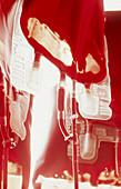 Blut, Farbe, Gesundheit, Innen, Medizin, Medizinische Untersuchung, Medizinische Untersuchungen, Niemand, Rohr, Rohre, Untersuchen, Vertikal, Wissenschaft, L35-267493, agefotostock