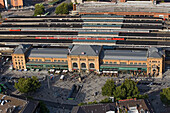 Aerial photograph of Hanover main railway station and square and pedestrian mall, Lower Saxony, Germany