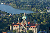 New Town Hall and lake Maschsee, Hanover, Lower Saxony, Germany