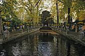 Fontaine Medici, Jardin du Luxembourg, largest public park in Paris, 6e Arrondissement, Paris, France