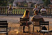 Youngle couple in the Jardin du Luxembourg, largest public park in Paris, 6e Arrondissement, Paris, France
