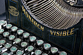 Antique, Close up, Close-up, Closeup, Collect, Collecting, Color, Colour, Concept, Concepts, Indoor, Indoors, Interior, Keyboard, Keyboards, Object, Objects, Office equipment, Office supplies, Old fashioned, Old-fashioned, Still life, Thing, Things, Typew