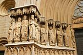 Façade detail. Gothic cathedral (built 12-14th century), front facing Pla de la Seu square. Tarragona. Spain.