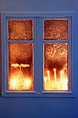 Candle, Candles, Celebrate, Celebrating, Celebration, Celebrations, Christma baubles, Christmas, Christmas bauble, Christmas decoration, Christmas decorations, Christmas ornament, Christmas ornaments, Closed, Color, Colour, Concept, Concepts, Decorated, D