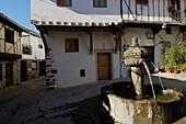 Fountain in square, Cuacos de Yuste. Cáceres province, Extremadura, Spain