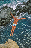 Cliff diving at La Quebrada, Acapulco, Mexico
