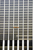 Window washers on skyscaper, Manhattan, NYC. USA