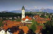 Blicküber Nesselwang auf Alpenpanorama, Nesselwang, Bayern, Deutschland