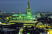 Central station and Cologne Cathedral at night, Cologne, North Rhine-Westphalia, Germany