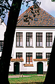 Begijnhof (Béguinage, retreat for secular nuns). Bruges. Belgium