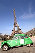 Citroen 2CV6, Eiffel Tower, Parc du Champs de Mars, Paris, France