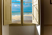 At home, Beach, Beaches, Coast, Coastal, Color, Colour, Daytime, Heavenly, Home, Indoor, Indoors, Interior, Nature, Nobody, Open, Sand, Scenic, Scenics, Sea, Seascape, Seascapes, Skies, Sky, Sunny, Water, Window, Windows, B75-665428, agefotostock