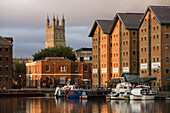 Gloucester. The docks, (18th century) Gloucestershire, the Cotswolds, England.