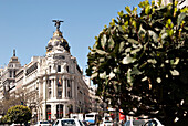 Metropolis Building, edificio metropolis, designed as an insurance company office building, Madrid, Spain