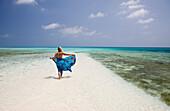 Tourist at Bikini Beach, Marshall Islands, Bikini Atoll, Micronesia, Pacific Ocean