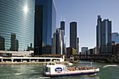 Chicago River, Loop, Chicago, Illinois, USA