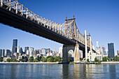 Queensborough Bridge, East River, Manhattan, New York, USA