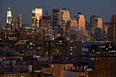 DOWNTOWN. MANHATTAN. SKYLINE FROM JERSEY CITY. NEW JERSEY. USA