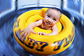Baby spinning in float