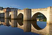 Pont Saint Etienne over the Vienne river, The Way of St. James, Chemins de Saint-Jacques, Via Lemovicensis, Limoges, Dept. Haute-Vienne, Région Limousin, France, Europe